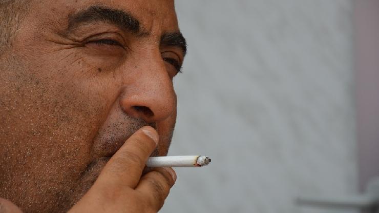 受動喫煙 体調管理